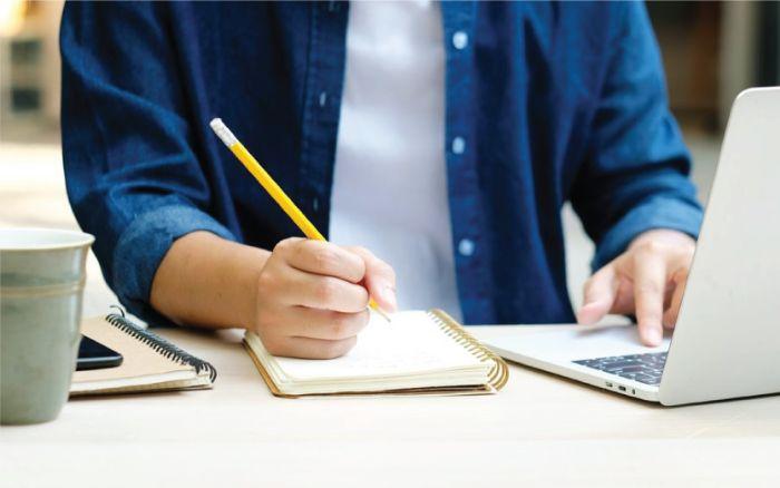 Có nên sử dụng phần mềm dạy học trực tuyến để đào tạo nhân sự không?