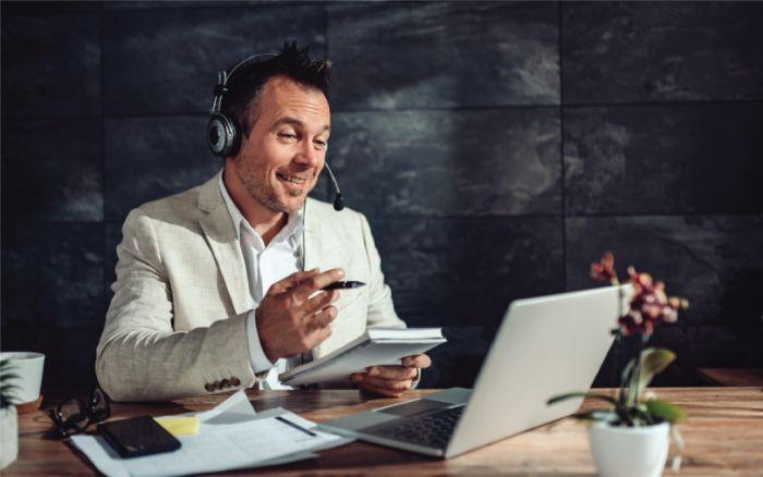 """E-learning trong doanh nghiệp: Dùng thuật ngữ """"Dạy học trực tuyến"""" có đúng không?"""